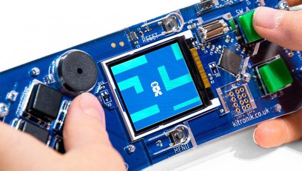 Create Retro Arcade Games at Home - Meet the Microsoft Kitronik ARCADE Gamepad!